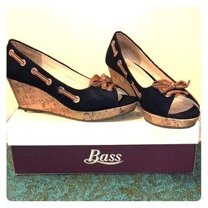 Bass Kitchy wedge heels